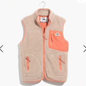 Madewell Jackets   Coats - NWT Madewell x Penfield Lucan Fleece Vest deb8b6337b6c7